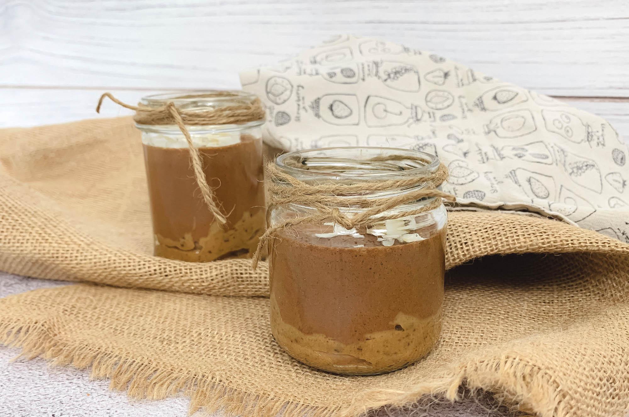 Wegański mus czekoladowy snickers - przepis | greenmenu.pl
