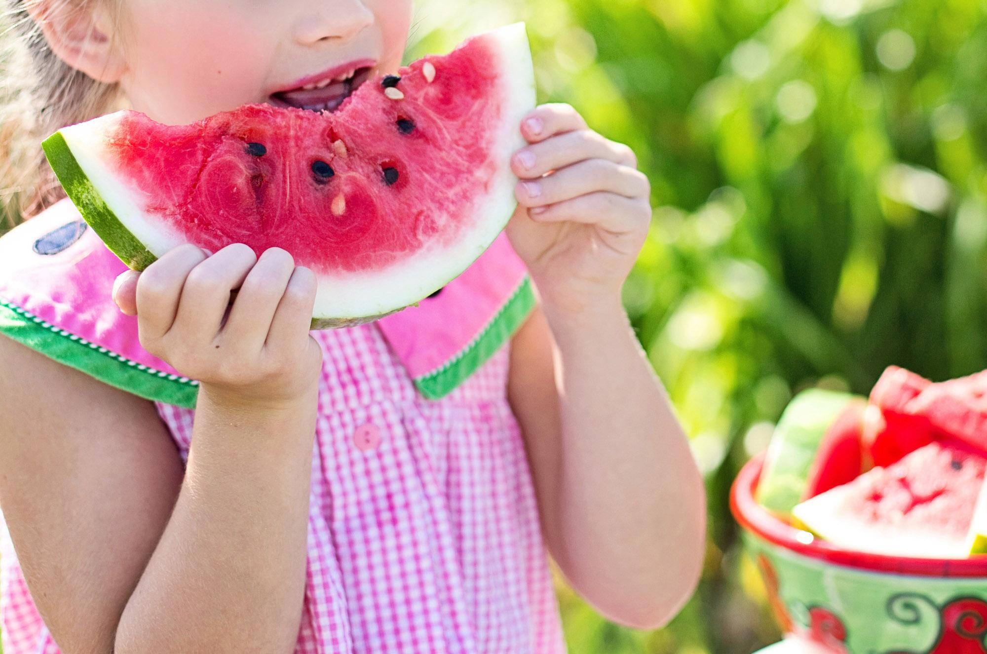 Jak budować dobre nawyki żywieniowe u dzieci | greenmenu.pl
